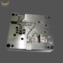 Custom precision mold component for injection mould