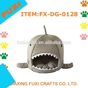 2015 Newest Dog Beds Shark Cartoon Yurt Modeling Mattress Kennel Warm Dog House