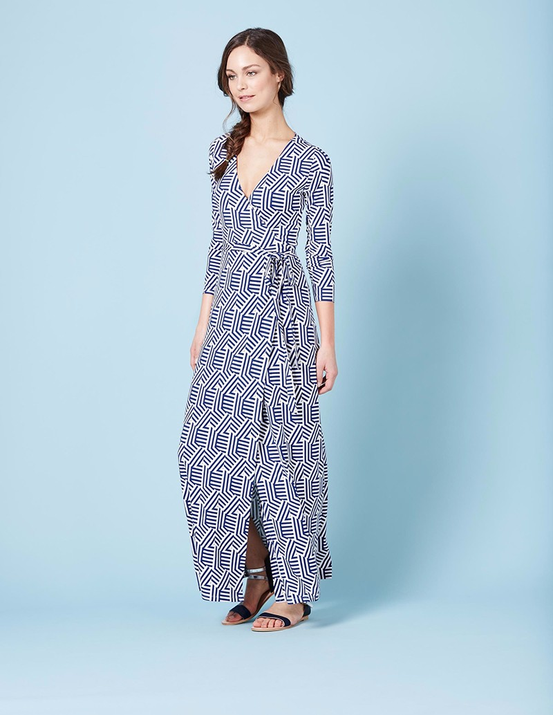 Blue fancy floral printed long maxi dresses with v-neck design long sleeves for women