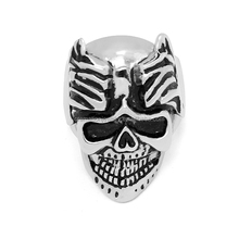 Wholesale custom new design fashion male skull ring Stainless Steel Jewelry