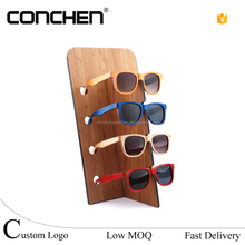 2016 Hot portable wood sunglasses display stand Elegant stand Display Rack For Acrylic Sunglasses