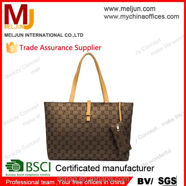 The factory wholesale and customization cheap goods in stock leather pu handbags