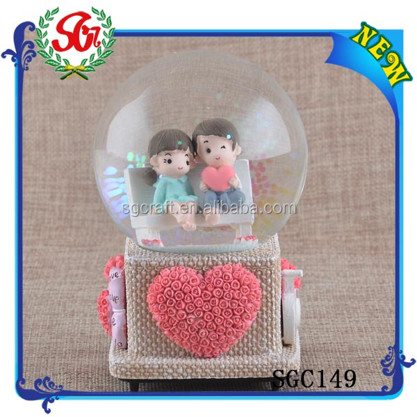 SGC149 2015 Resin Snow Globe, Plastic Snow Globe