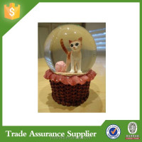2015 souvenirs snowball glass snowball with resin craft