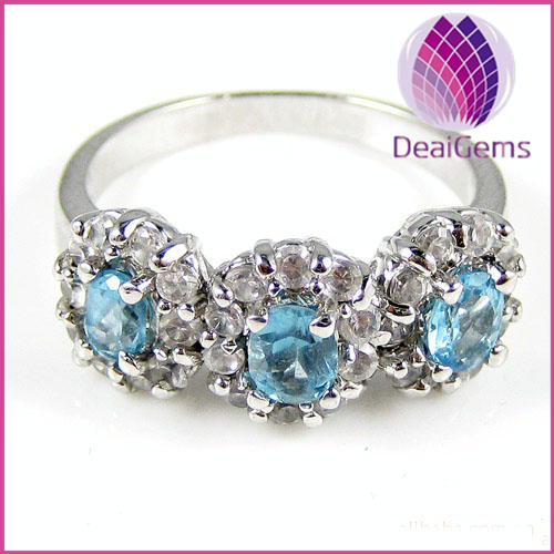 Cute Ring sterling silver and topaz (natural),three-4x5mm faceted oval with thirty-rhinestone