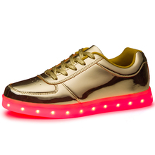 Hot selling led Light adult sneaker shoes fashion led sneaker led light up men and lady shoes