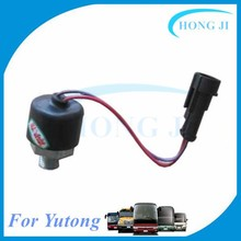 Brake switch 3712-00098 Yutong bus 24v brake light switch international