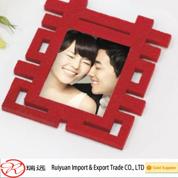 Alibaba china Classical red design Felt Photo frame for marry decoration