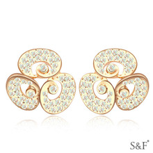 16913 free photos fashionable design ear studs