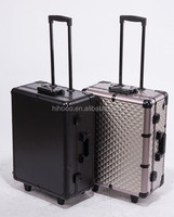 aluminum deluxe professional rolling lighting makeup case with stand