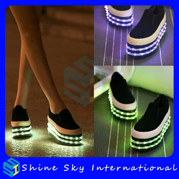 Mardi Gras light led light shoes cheap and children, flashing roller shoes, talent show middle-aged women shoes