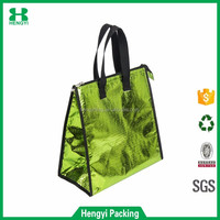 China wholesale lightweight embossing laminated non woven thermal lunch cooler bag/ waterproof food warmer hand bag