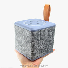 Mini Speaker Portable Handheld FM Radio Speaker Tfcard Wireless Speaker