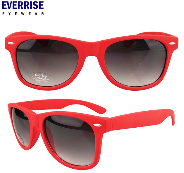 Cheap rubber finish sunglasses,red frame ,grendient smoke lens, factory supply