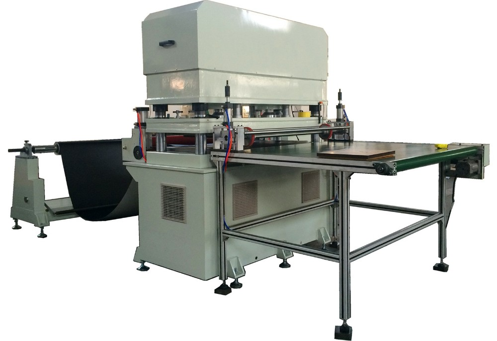 Foam / Sponge Hydraulic Die Cutting Machine with Conveyor Belt