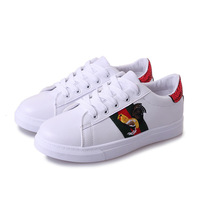 2018 latest girl white shoes cock embroidery design women casual shoes and sneakers