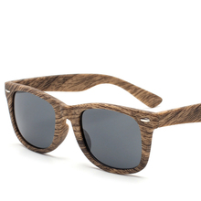 2017 New Retro <strong>Bamboo</strong> Sunglasses Men Wooden glasses Men Brand Designer Fashion Square Sport Outdoor Wood Sun Glasses