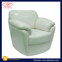 AC-209 White Leather Sofa With Comfortable Seat