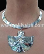 Necklace Nasca of mother-of-pearl and silver