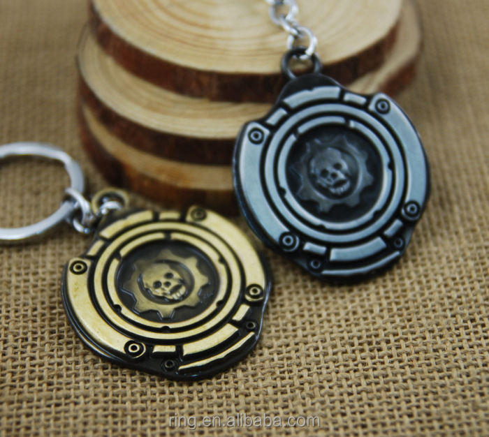 Hot Moive Jewelry Keychain Pirates of the Caribbean Skull Shield Keychain Metal Key Chain Keyrings