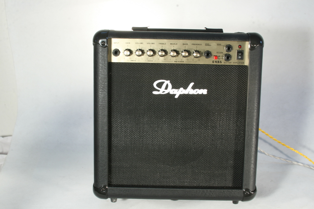 Customized Music instrument-Guitar amplifier 35Watts