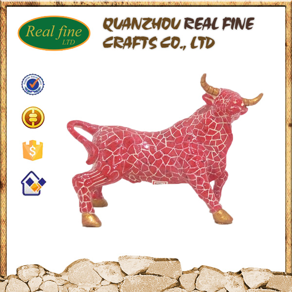 Wholesale resin striped full red bull for home garden decoration