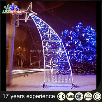 2017 Low price Christmas decoration led light pole street light
