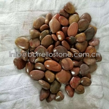 Polished pebbles for garden
