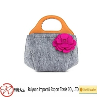 Popular cheap felt women bag, felt lady handbag, evening bag with flower design