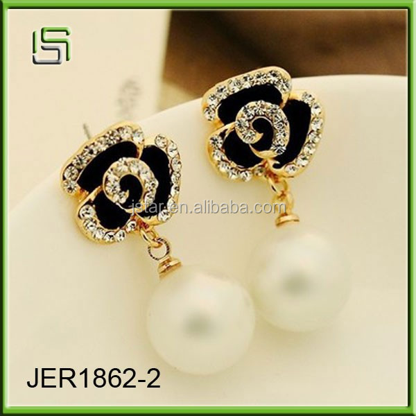 2017 New design earrings women stud acrylic earrings