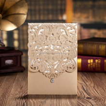 2016 European Cheap Floral Folded Gold Laser Cut Wedding Invitations with Pearl Decorated