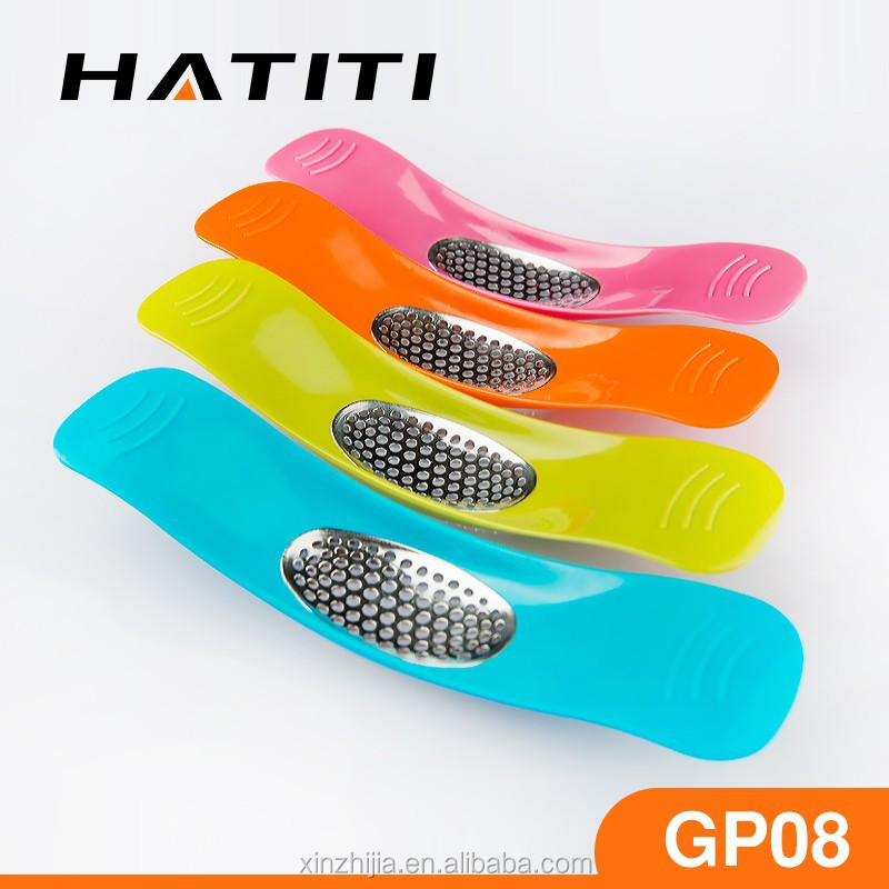 The metal garlic press garlic grater plate of kitchen gadgets GP08