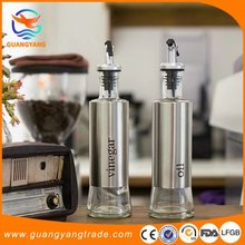 decorative kitchen accessories high quality Glass oil and vinegar cruet bottles