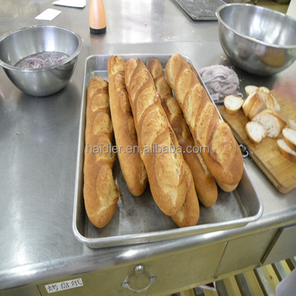 bread machine with stainless steel baking pan