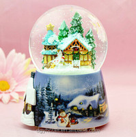 polyresin electric Christmas souvenir Snow Globe with Music Box