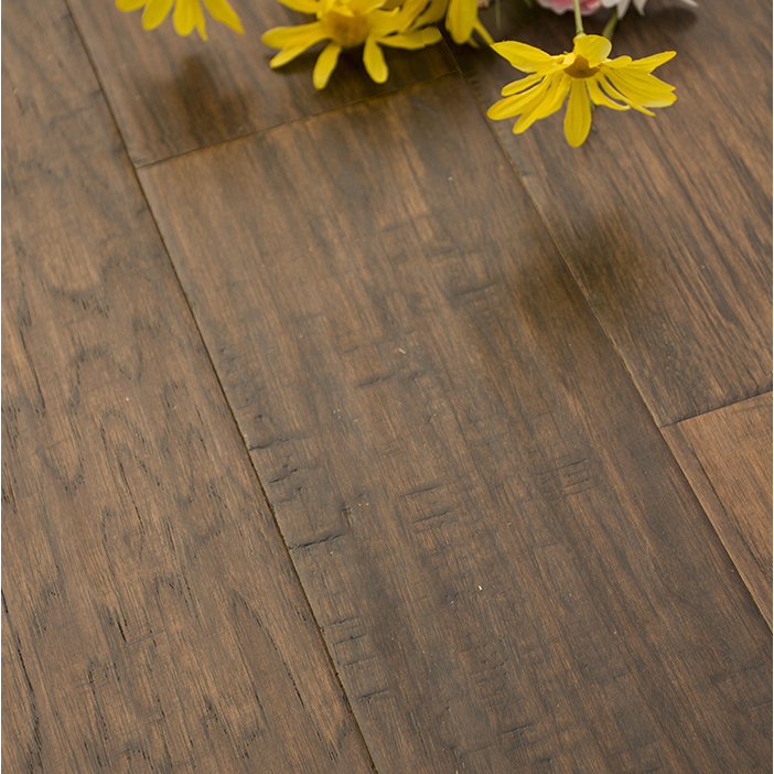 9mm three Polywood Wire brush Hickory Engineered Wood Floor on Sale