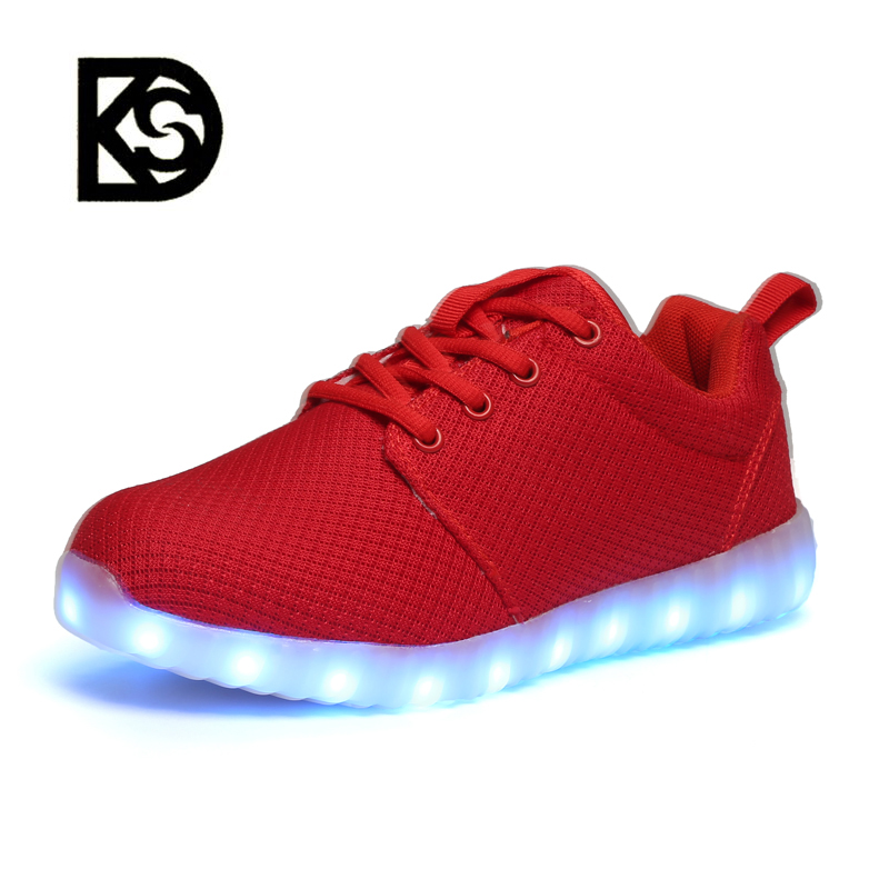 New high quality Design Unisex Sneakers fashion leisure Light Up Running led shoes