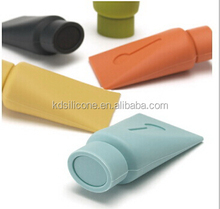 Bestseller cute tube shape promotional silicone door stops, novelty anti-slipping door stopper, 5 colors available