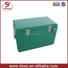 Portable metal Beer car 25L cooler box for travel (C-008)