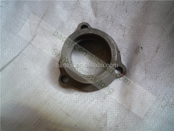 FT250.41.104 PTO Shaft Bearing Cover Foton 254 Tractor Parts
