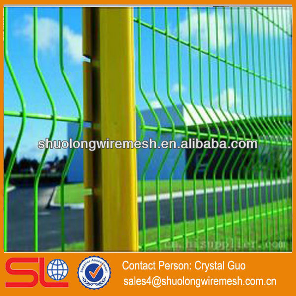 Hebei Factory Lowest Price painting welded mesh fence