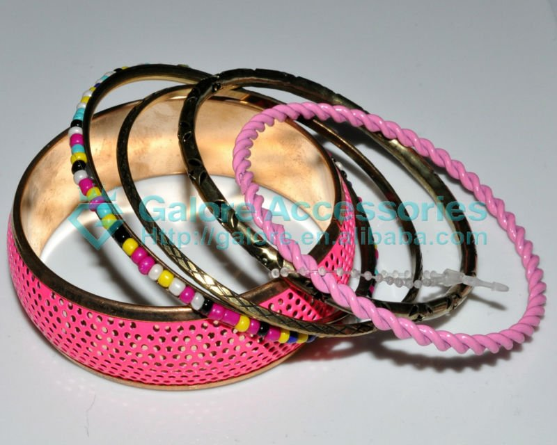 gold plated hot sale pink color multiple bangle set