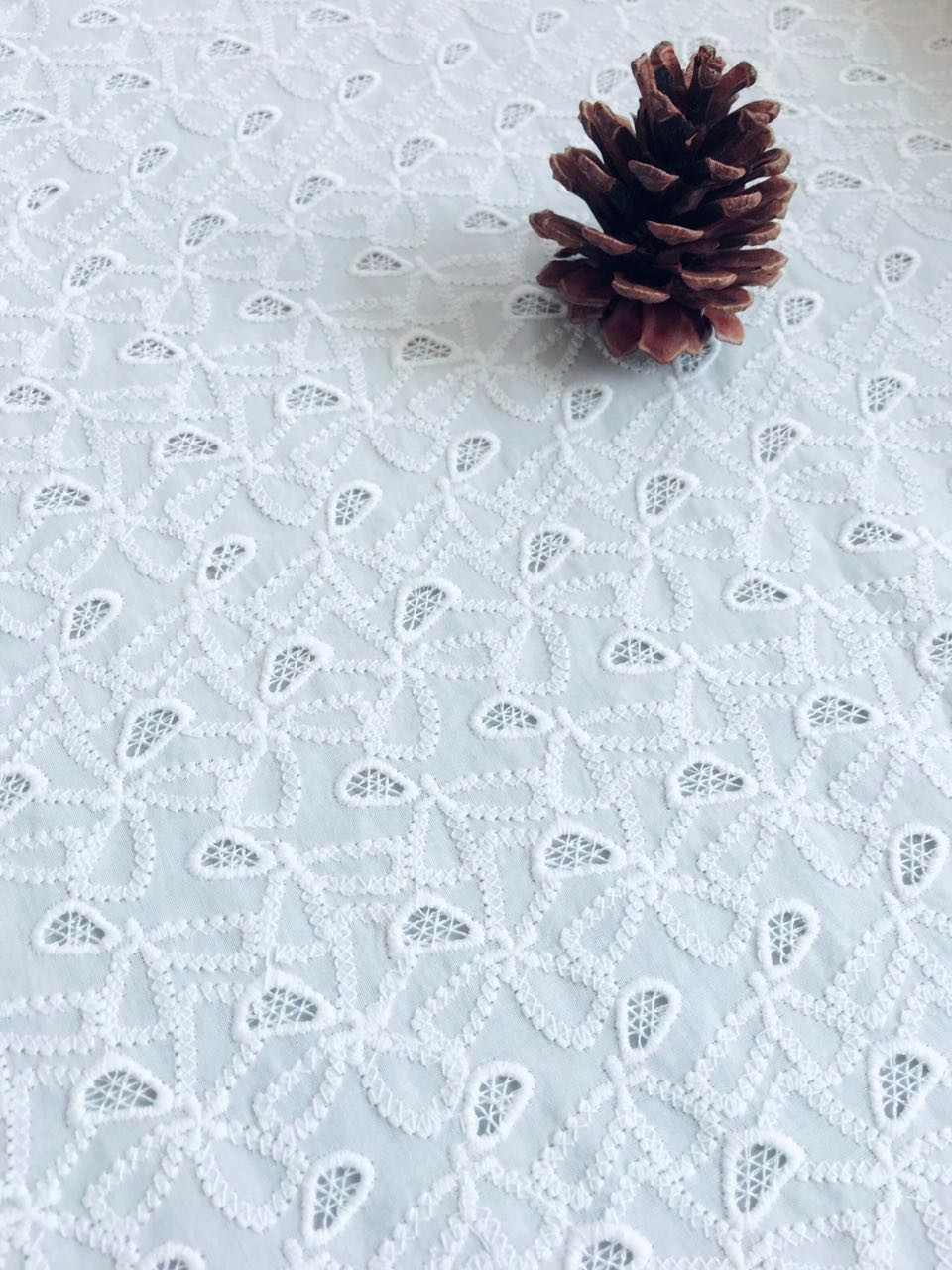 white color embroidery bridal cotton cord guipure lace fabric for wedding dress