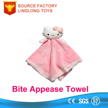 China Toy Supplier Plush Cat Baby Comforter Pink Hello Kitty Soft Stuffed Saliva Towel Infant Kids Security Blanket