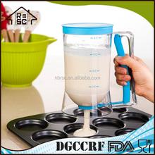BSCI Plastic Pancake Cupcake Batter measuring Dispenser cup for Muffin Pastry Baking Tools 4 Cup 900ml comply with DGCCRF