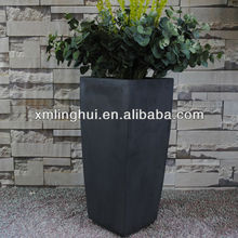 Simple Elegent Black Round Concrete Flower Pots