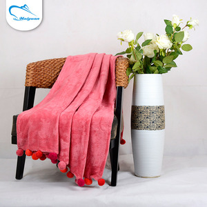 Good quality promotional portable twin size korean adults coral fleece fabric blanket