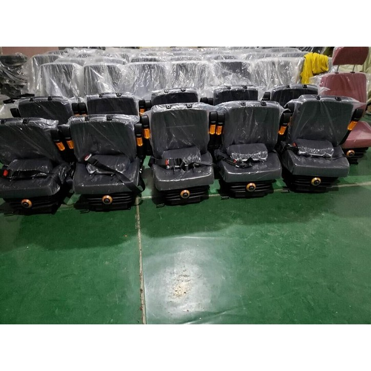 luxury 4186741 4231755 excavator seat assy EX200 PC200 SK200 E320B R200 DH200 cabin seat assy in common use luxury