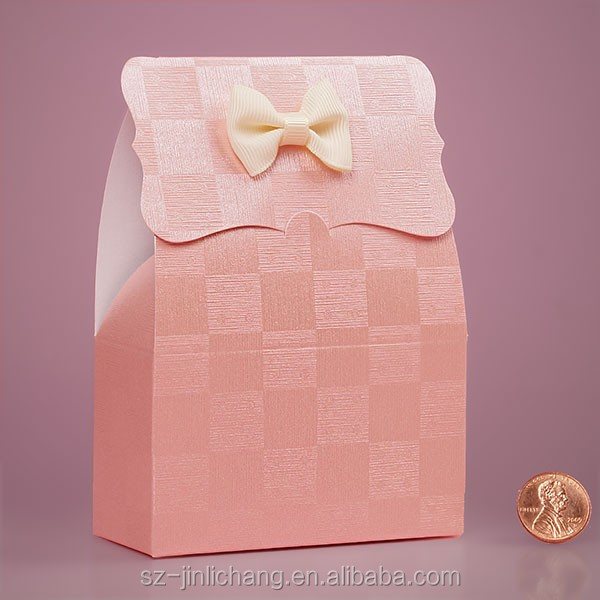 Wholesale custom different size clear box gift wedding candy