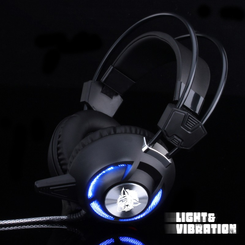 Wholesale high quality stereo bass wired led light game headphone for media player